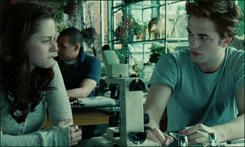 Bella and Edward in Biology class